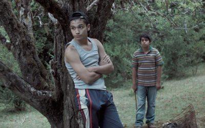 Mala Junta: La película chilena que examina los prejuicios de la sociedad